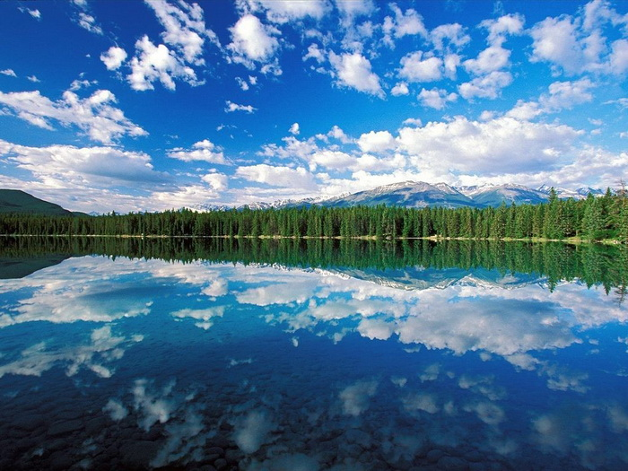 awesome-lake pictures