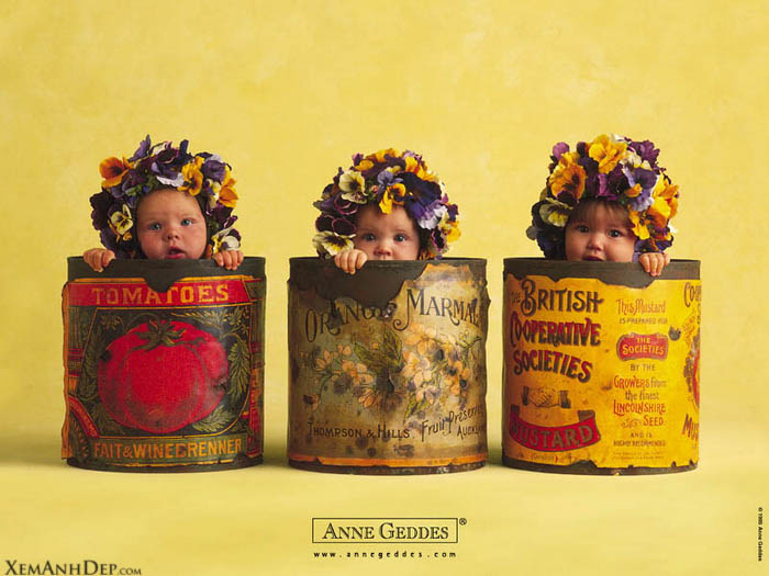 Children photos by Anne Geddes