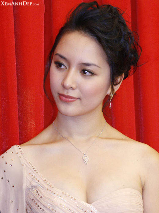 Sexy photos of Duong Truong Thien Ly